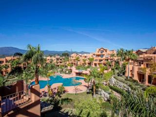 Exclusive Penthouse Sotoserena in tropical gardens, fabulous location nr. Beach