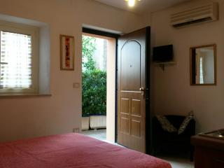 Casale Re di Coppe-Pink Flat, Lanciano