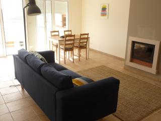 Earthling- Arrifana Beach Apartment, Aljezur