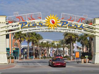Lux Resort- Sleeps 6. July 23 - 30 Super Special, Panama City Beach