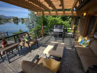 Luxury Waterfront Home at Quails' Gate