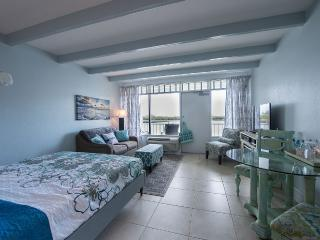 Waterfront Romantic Getaway for 2, Ruskin