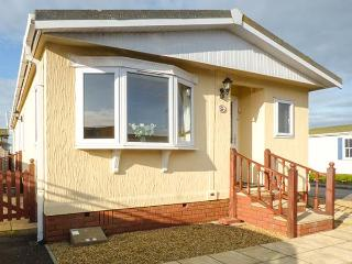 LAZY DAYS, detached, all ground floor, private garden, WiFi, near St Merryn