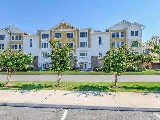 38407 Boxwood Terrace #204, Fenwick Island