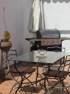 Zona esterna attrezzata con barbecue