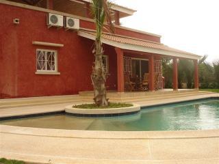 location villa dans residence au calme, Mbour