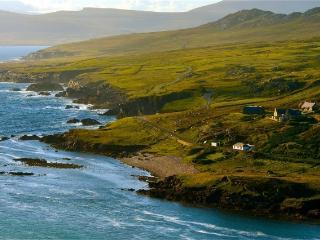 Achill Ocean's Edge, Cloughmore