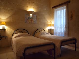 Gozo Green Living/The Nudes' Room, Qala
