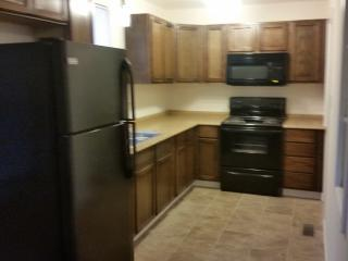 Fantastic 2 Bed unit fully furnished, Indianapolis