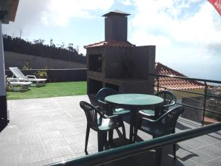 Cantinho da Calçada with air condition  &  or heating