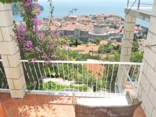 Guest House Maja - Superior Apartment with Terrace, Dubrovnik