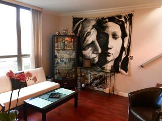 A Gem in  Yaletown-comes with a rooftop deck!, Vancouver