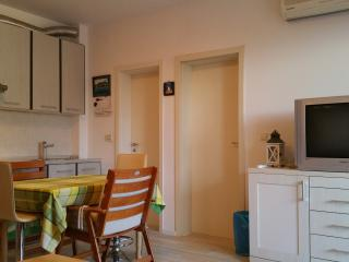 Apartment near Zrće beach for up to 4