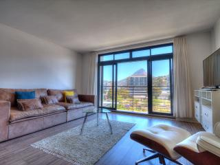 De Waterkant Quayside Apartment