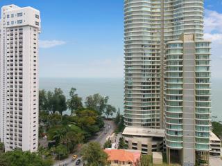 Home-Suites – Gurney Seaview Apartment in Penang.
