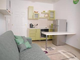 Tiffany 6 modern apartment for 5 people