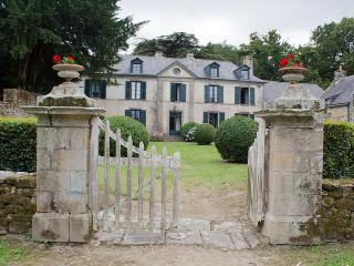 Traditional manor with stunning views, Ile-aux-Moines