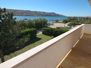 TH01225 Apartments Usmiani / Three bedrooms A2, Pag