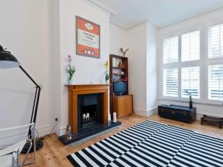 Designer flat in Teddington, SW London