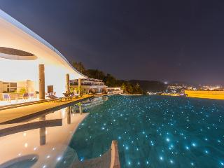 Luxury 5***** Villa Resort 2 bedroom 2 Bathroom Kata Beach