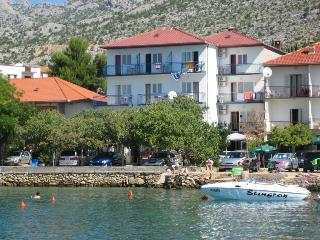 TH01246 Apartments Jurica /  Double room S21, Starigrad-Paklenica