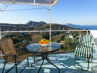 Lovely mansarded apartment with terrace over Capri, Sorrento
