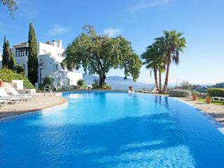 Beautiful apartment in natural surroundings La Mairena, Elviria, Marbella