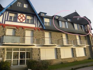 Appartement pour 4 personnes à 300 m de la plage, Sables-d'Or-les-Pins