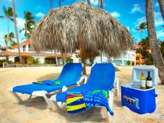 Sea View Delux Beach front Condo 6 guests WiFi