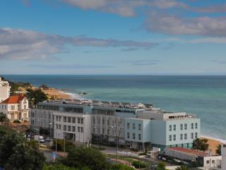 Sea View 1 minute to beach and Downtown, Albufeira