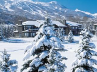 The Residences at Snowmass Club: Two Bedroom