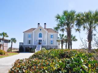 Gorgeous Ocean Front Home with Pool, Isle of Palms
