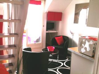 Très joli studio duplex au port crouesty morbihan, Arzon