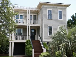 Ocean View Home w/ Private Pool, Beautiful Kitchen, 2 Masters, Close to Beach!, Isle of Palms