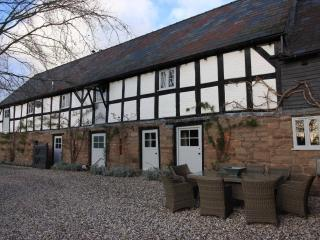 Cider Barn at The Manor Hot Tub, Sauna, Pool & Beauty Salon, Hereford