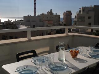 Ben Yehuda 10 Sunny duplex, Tel Aviv
