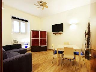 Ruby apartment in Appio Latino with WiFi, integrated air conditioning (hot / col