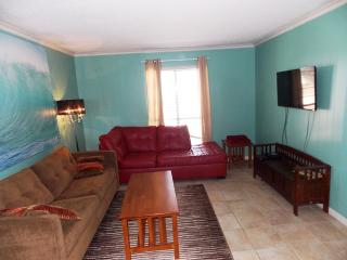 Just Beachy, nicely updated 2 bedrm condo, Port Aransas