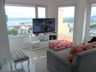 Great Apartment for 4 with balcony, Ushuaia