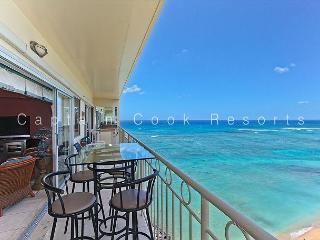 14th floor with Million Dollar Ocean Views, AC, FREE parking and WiFi!, Honolulu