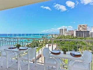 Million Dollar Ocean Views plus FREE Secure Onsite Parking and WIFI!, Honolulu