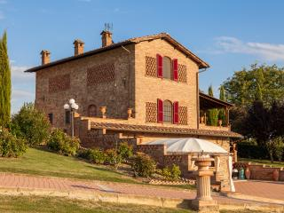 Wonderful Tuscan style Villa Lapo with pool, Foiano Della Chiana