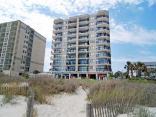 2 bedroom oceanfront condo (end unit) that sleeps 6, North Myrtle Beach