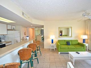 Cat Island Suite #205 - 2/2 Condo w/ Pool & Hot Tub - Near Smathers Beach, Key West
