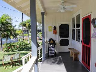 Delightful 2BR Cottage w/Whitewater Ocn Views & Sunsets, Surf, Sand & Snorkel, Koloa