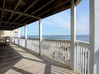 Ocean Dunes 1806 - Open oceanfront three bedroom condo with great views, Kure Beach