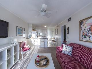 2 BR, 2 BA with Wonderful Ocean Views!, Atlantic Beach