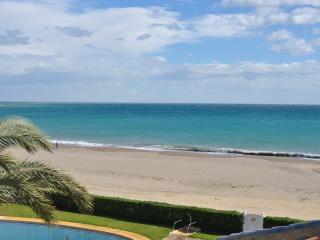 Beautiful Villa at 20 mts from the beach, Vera