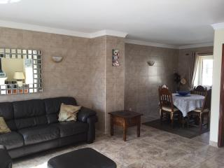Newly tiled living and dining area