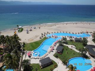 Luxury Oceanfront Apartment in Puerto Vallarta's